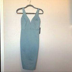 NWT • Lulus •Bodycon Midi Dress • Strappy